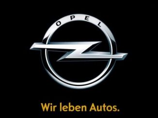 "Hat bald ausgedient: ""Opel - Wir leben Autos."". Dieser Claim entstand 2009 in einer Zeit, in der das Überleben von Opel auf dem Spiel stand. Seitdem hat sich vieles geändert. Opel ist wieder erfolgreicher und wir reden von Mobilitätskonzepten, Elektromobilität und der Zukunft des Autos. (Foto: Opel)"