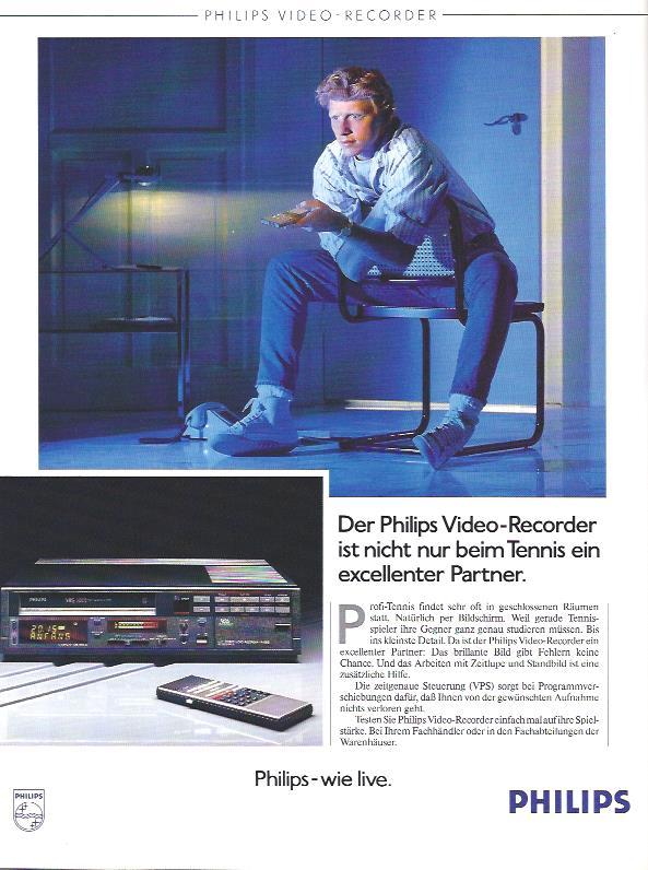 1987 - da waren Video-Recorder noch auf der Höhe der Zeit. 2016 stellt der letzte verbliebe Hersteller Funai die Produktion ein. Philips setzt in dieser Anzeige auf das Tennis-Idol Boris Becker und nutzt den Tennis-Hype rund um Wimbledon, wo Becker im Jahr zuvor gewann,  für seine Werbung.