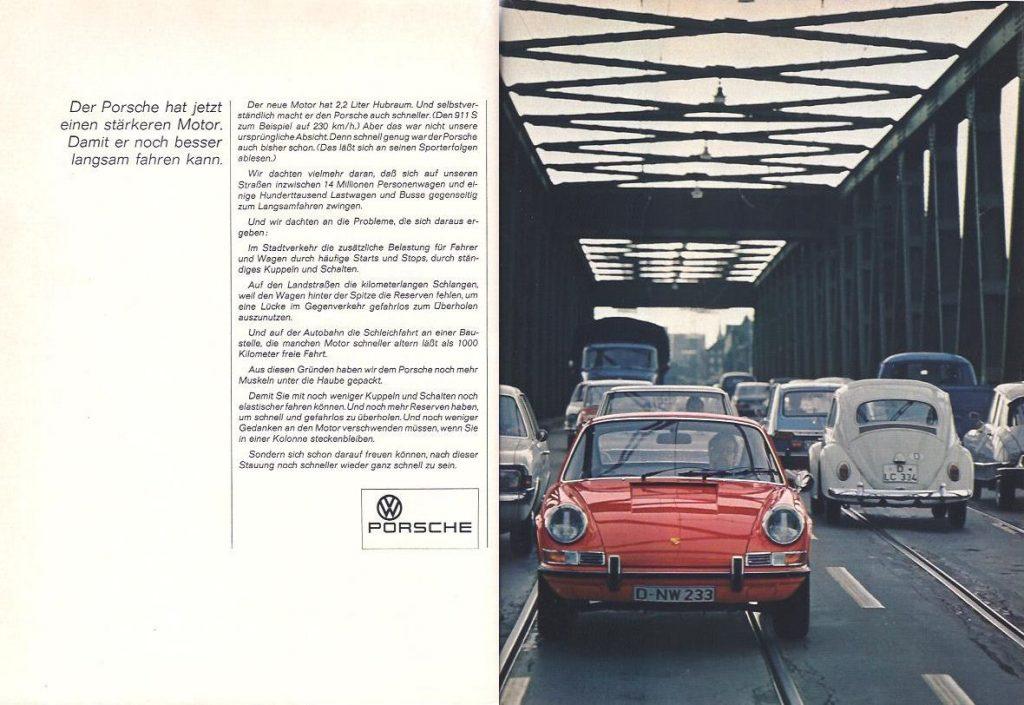 Diese Anzeige von Porsche aus dem Jahr 1969 überrascht mit der Aussage, dass der Porsche nun einen stärkeren Motor bekäme, um langsamer fahren zu können. Der Copytext lohnt sich - 14 Millionen Fahrzeuge (heute: 61,5 Millionen) zwängen sich gegenseitig zum Langsamfahren. Nun denn...